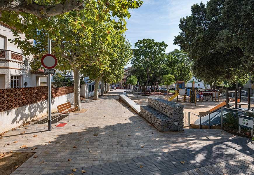 01.ar47_arquitectura_plaza_montserrat_argentona
